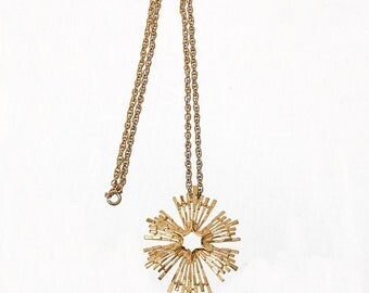 Vintage 60s Crown Trifari Modernist Pendant Necklace 1960s Signed Gold Tone Atomic Space Age Modern Starburst Costume Jewelry