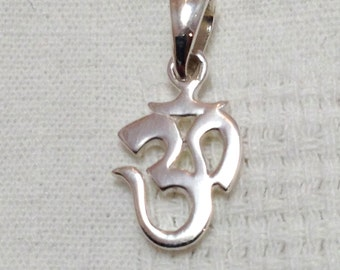 925 sterling silver om ohm aum yoga pendant small cute gift for her