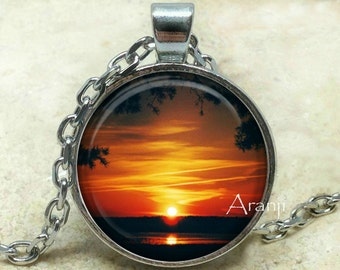 Sunset art pendant, sunset necklace, sunset jewelry, sunrise pendant, sunrise necklace, sun pendant, sun, Pendant #SP134P