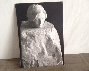 Sculpture card