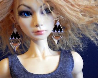 doll earrings - Black and White - earrings for ball joint doll - BJD jewelry - modern geometric triangles - chevron
