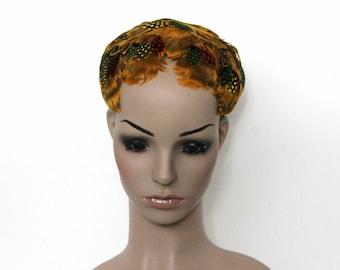 Vintage 1940s 1950s Feathered Skull Cap Feathers Garden Party Skull Cap Headdress