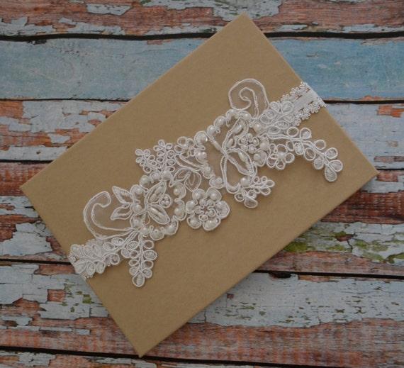 Vintage Lace Wedding Garter Set: White Lace Wedding Garter Set Wedding Garter By