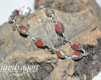 Table cut red glass bead bracelet