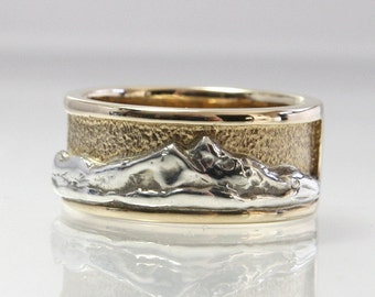 Wedding Band Mountain Scene Ring 14K Yellow Gold And Sterling Silver Size 7.5 Twin Peaks Mountain Range