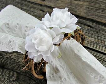 Wedding Napkin Rings, White Rose Napkin Rings, Flower Napkin Rings, Rustic Napkin Ring, Country Farm Woodland Wedding Decor Table Decoration