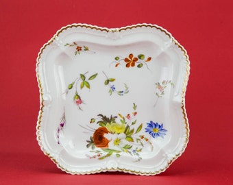 4 Beautiful Antique Porcelain PLATES Floral Victorian Dinner Medium White Cake Gift Service Food 19th Century English LS