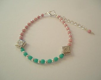 Gypsy beaded bracelet with green, pink and silveries beads - Bohemian jewelry - Gypsy chic style