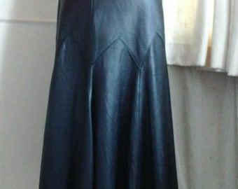 1990s Black Leather A-line Midi Skirt - Size 12/Italian 44