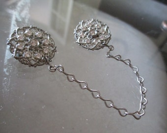 Vintage Unique Silver Chain  Pin / Brooch - Silver Diamond Chain Pin Chained Together