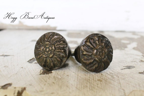 Vintage Metal Drawer Pulls Knobs French Country Farmhouse