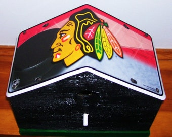 Chicago Black Hawks License Plate Birdhouse/Fathers Day Gift, Sports, NHL, Hockey, Birthday, Mothers Day, Christmas Gift
