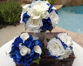 19 Piece wedding flower package in royal blue and white