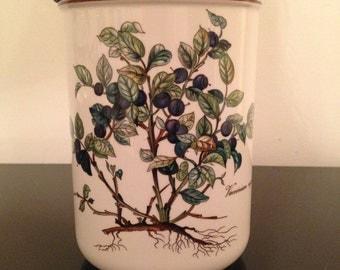 "Villeroy and Boch Botanica ""Vaccinium myrtillus"" Canister, 5 7/8"""