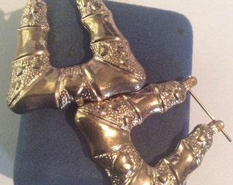 Gold toned earrings 1-1/4 in