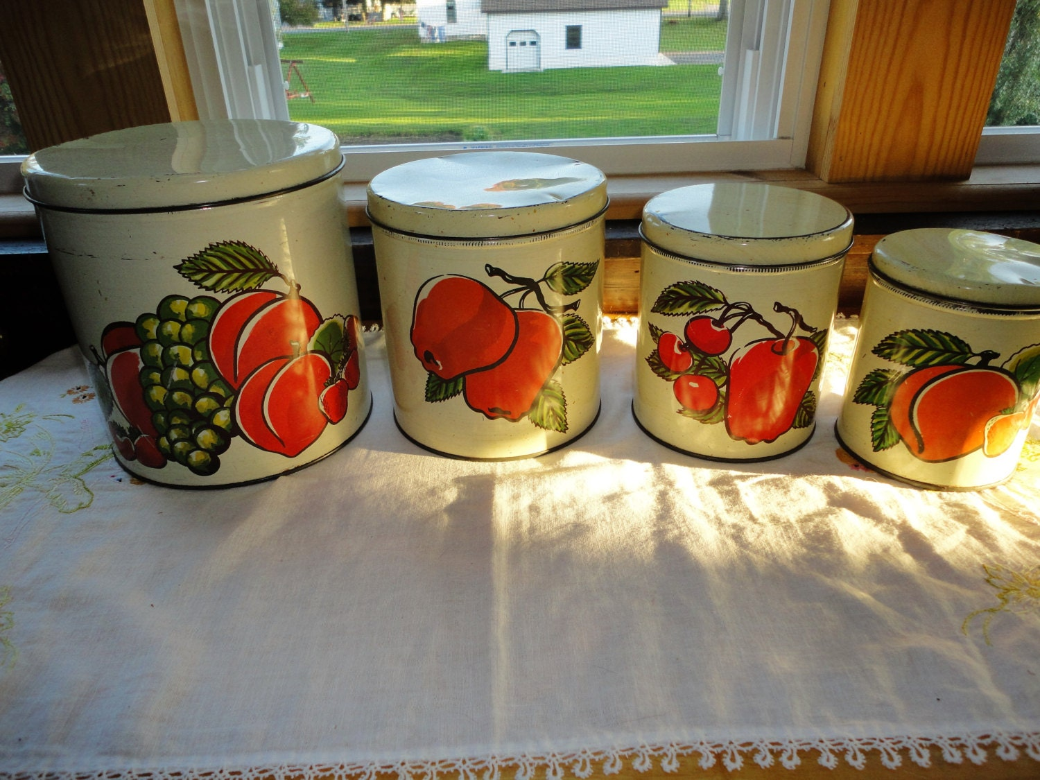 Decoware Metal Kitchen Canister Set Of 4 Fruit Decor Vintage