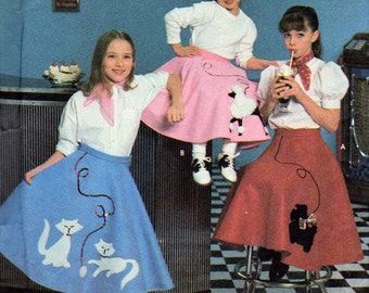 Poodle Skirt, Scottie Dog Skirt and Kittens Playing with Yarn, Costume Pattern, Simplicity 7210, Girls Sizes 7,8,10 and 12 , Vintage 1996
