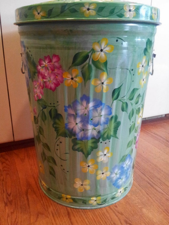 20 Gallon Hand Painted Galvanized Metal Trash Garbage Storage