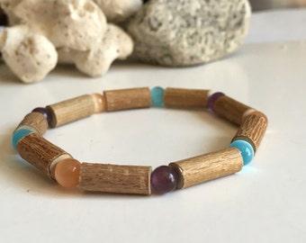 Hazelwood bracelet with cat's eye beads
