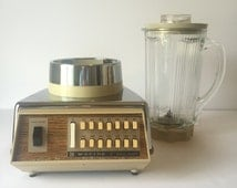 Vintage Waring Blender,  Chrome Gold Solid State Blender, Cream & Glass Blender, Retro Barware, Vintage Kitchen, 1970's Kitchen Blender