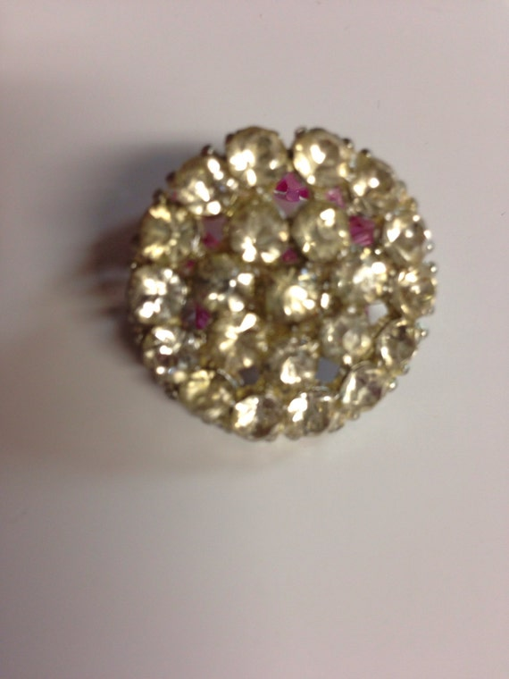 Vintage rhinestone button / White glass pearls hot pink and light pink seed bead ring