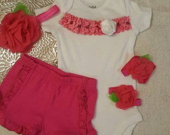 4 PIECES.  Baby Girl Coming home Outfit. Summer Clothes.  Baby clothing.  Hospital pictures. EASTER Outfit.