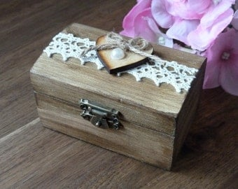 Wedding Ring Box, Rustic Ring Bearer Box with Burlap and Lace Personalized Ring Pillow Ring Box Custom Engraved Wooden Ring Box Ring Holder