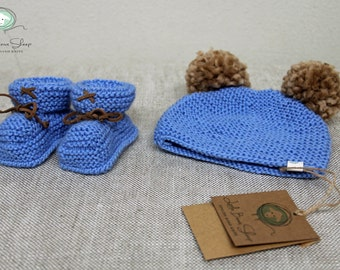 Hand knitted Cashmere Baby Booties with Suede Ties Pom Pom Hat Beanie Set Size 0-3 months