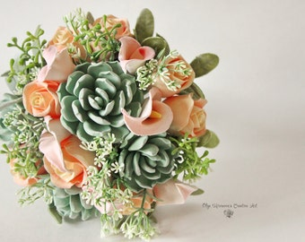 Alternative wedding bouquet Keepsake Succulents Calla lilly bouquet Bridal Bouquet Peach Pink bouquet with callas Clay bouquet Peach Green