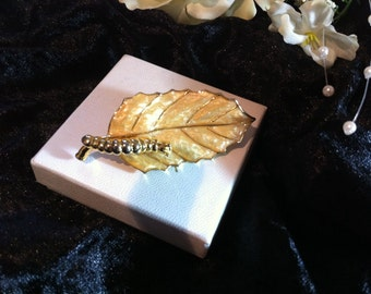 Large artisan feature brooch caterpillar leaf enamel pearl 2 part pictorial jewellery digned sp gold tone