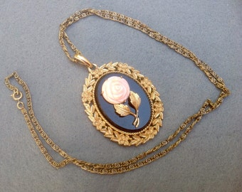 Necklace, Avon Pink Rose Cameo on Black Double sided Mirror Pendant Necklace