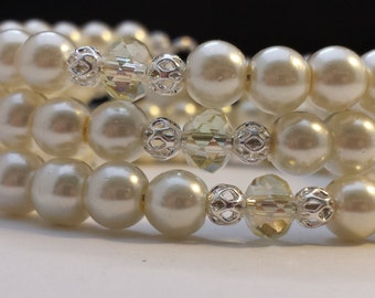 6mm Cream Glass Pearls and 6mm AB Light Yellow Glass Crystals Memory Wire Bracelet.