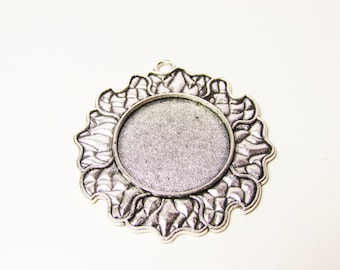 D-00318 - 1 Setting Cabochon ant. Silver, tray 25mm