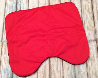 Pee On Mee seat saver red and black