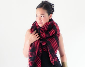 Onuma scarves- red  Winter  scarf