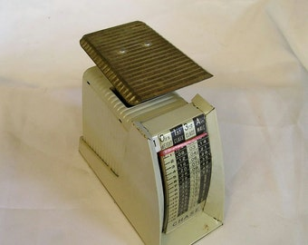 Vintage Chase Office Postal Adjustable Scale to 16 Ounces