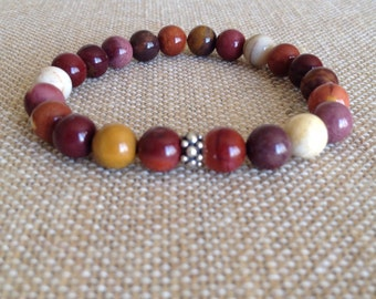 8mm Mookaite stretch bracelet with A Hill Tribe fine Silver Bead