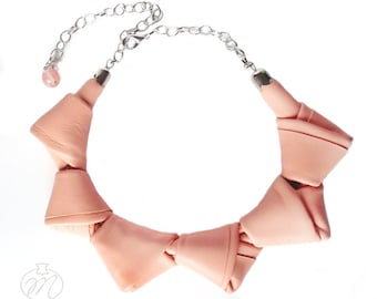 Leather necklace peach pink LOOPed