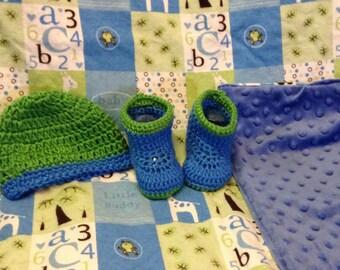 Baby boy flannel blanket and crochet set