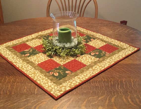 Quilted table topper, quilted table mat, quilted topper, quilted fall topper, quilted fall table topper
