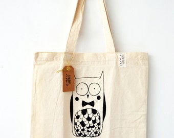 cotton tote bag with cute owl illustration