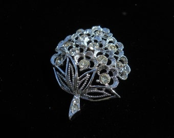 Vintage ~ SARAH COVENTRY~  Silver Rhinestone Strawberry Brooch/Pin