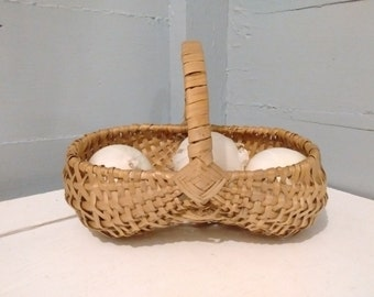 SALE, Wicker Basket with Handle, Large, Oval, Vintage, Farmhouse Kitchen Decor