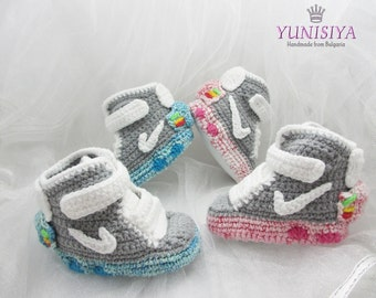 Crochet baby shoes, Baby Booties, crochet booties, air mag crochet, baby shower gift, crochet sneakers, baby sneaker, baby boy shoes BB107