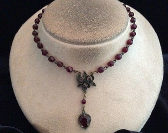Vintage Deep Red Glass Beaded Rose Pendant Necklace