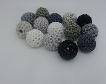 14 beads 14mm grey crochet