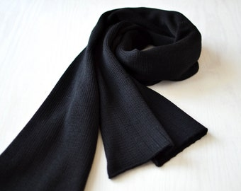 XXL scarfe warm shoulder shawl big black stole knitted from merino wool