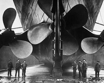 Titanic, Propellers, Drydock, Ireland: Photo Print
