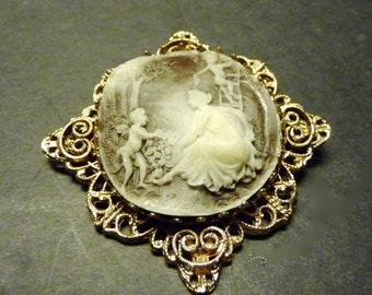 Astounding beautiful gray and white woman/cherubs cameo brooch
