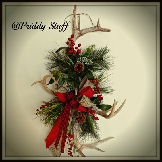 Antler wreath christmas antler wreath deer antler wreath for Antler christmas wreath